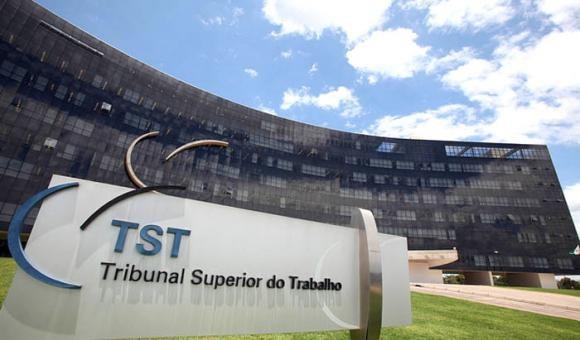 TST anula sentença após empresa não juntar documentos em audiência