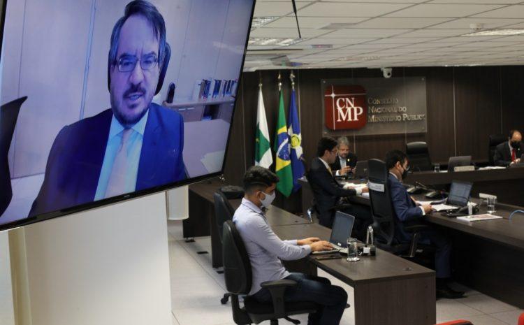 Deltan Dallagnol recebe pena de censura do CNMP por tuítes contra político