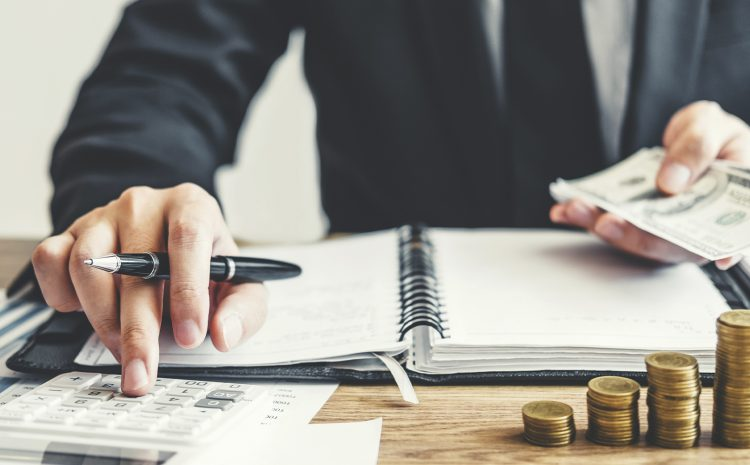 Lei que fixa remuneração de advogados públicos e cargos correlatos em Goiás é inconstitucional, decide STF