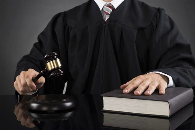 Grupo de juízes diz que racismo é 'infiltração ideológica' e repudia curso antirracista