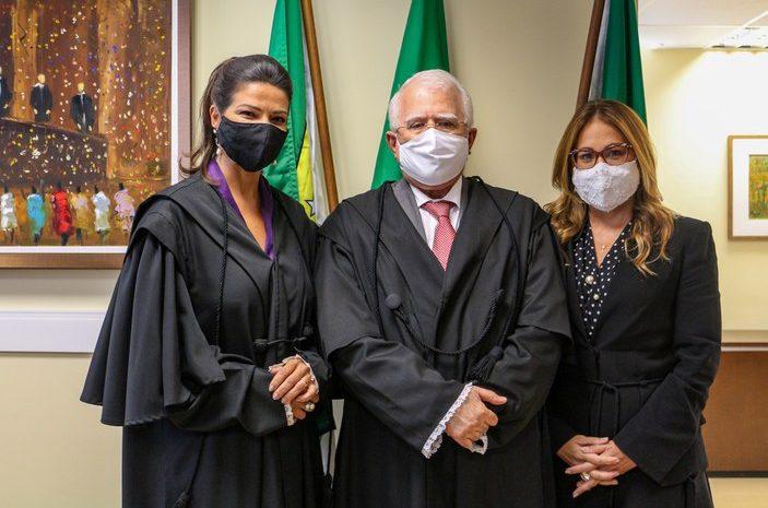 Juízas Érika Paiva e Ticiana Nobre tomam posse no TRE-RN
