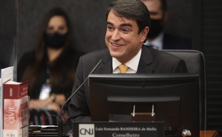 Luiz Fernando Bandeira toma posse no CNJ