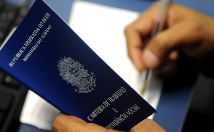 TRF3 mantém condenação por omissão de informações em carteira de trabalho