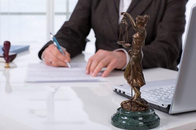 Sem advocacia, Justiça não se faz, diz juíza ao liberar escritórios