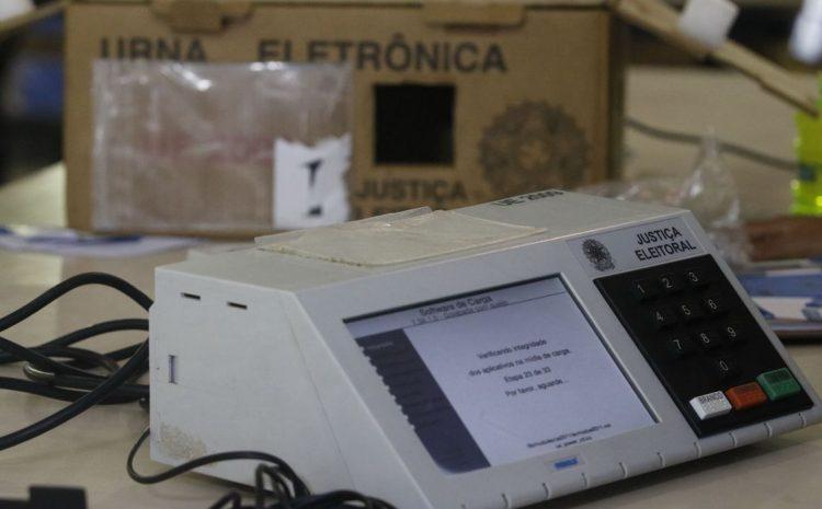 TSE vai comprar mais 176 mil urnas eletrônicas para 2022
