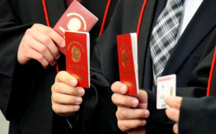 Projeto quer reduzir disciplinas em exame da OAB e limitar atuação dos advogados