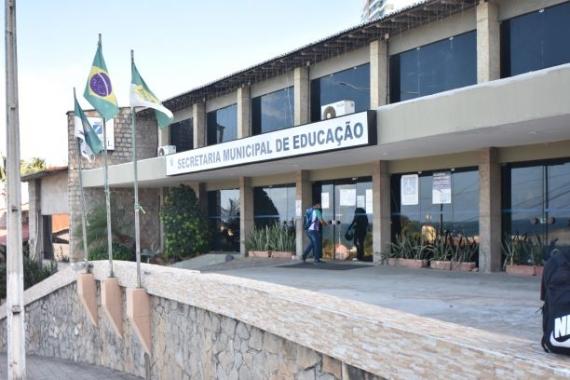 Prefeitura define estratégias para buscar alunos ausentes das aulas no formato não-presencial