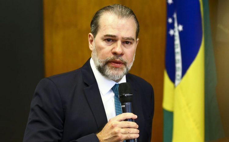 Ministro Dias Toffoli é homenageado pela OAB