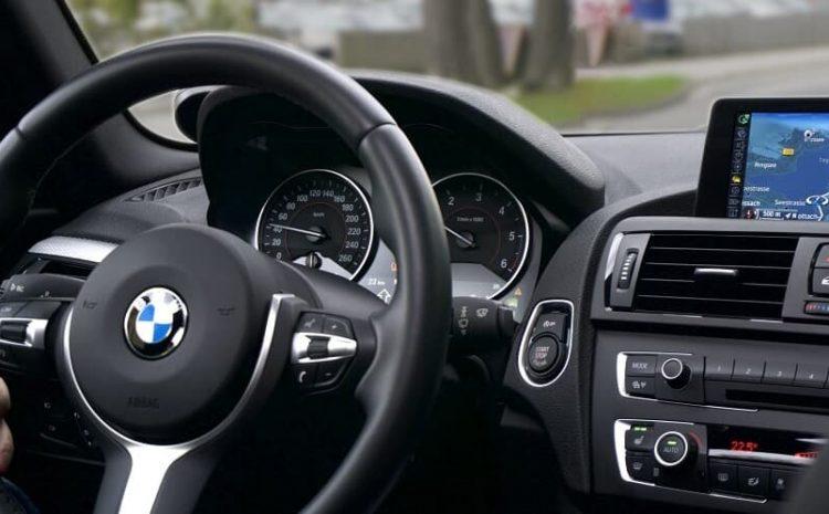 Tribunal nega gratuidade de justiça a proprietária de carros de luxo
