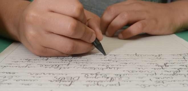 Criança escreve carta à juíza e pede para ter nome do padrasto