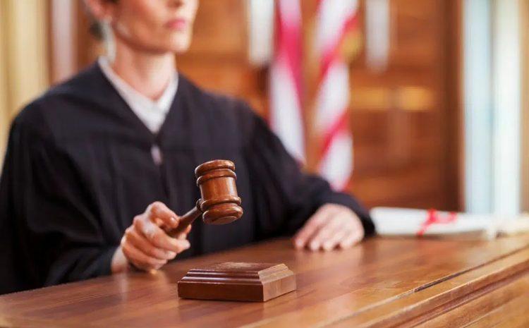 Juíza transcreve decisão padronizada para negar pedido de penhora