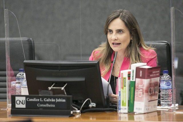 Juízes devem buscar soluções consensuais em litígios de saúde