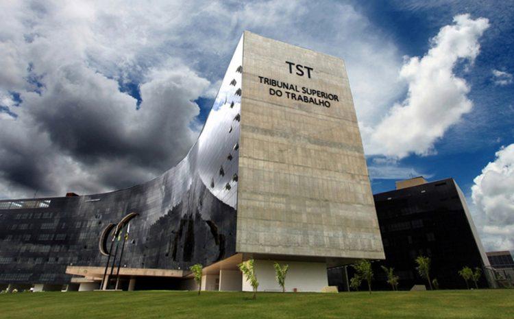 Associações de advogados pedem que TST retome atividades presenciais